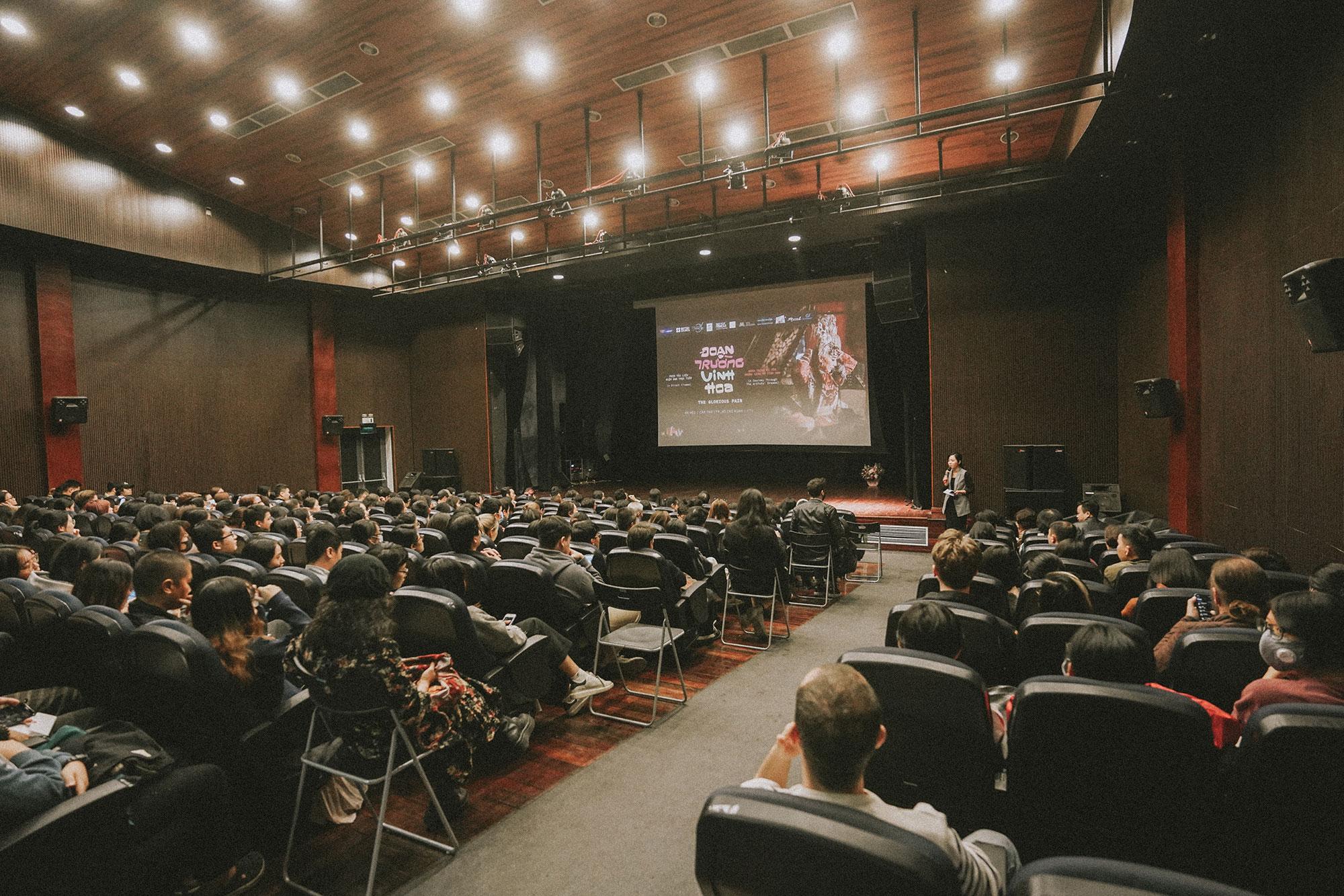 """Công chiếu phim tài liệu """"ĐOẠN TRƯỜNG VINH HOA"""" tại L'ESPACE Hà Nội"""